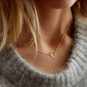 Dainty Open Circle Pendant Necklace